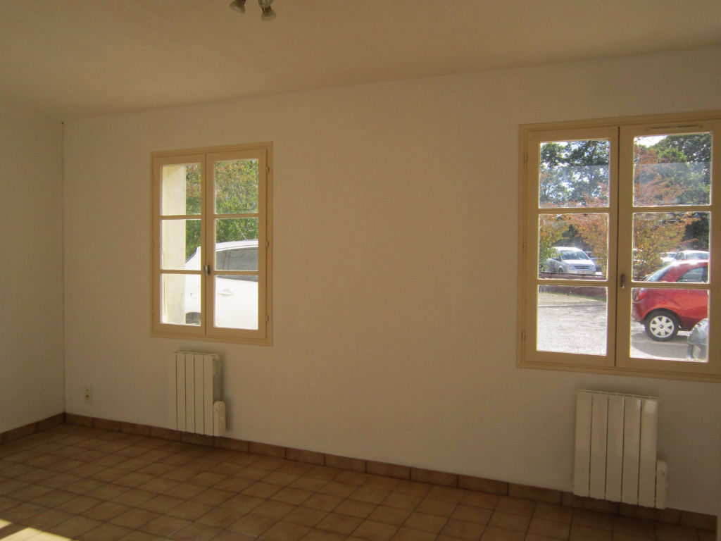 appartement-fontenay-le-comte-2-piece-s