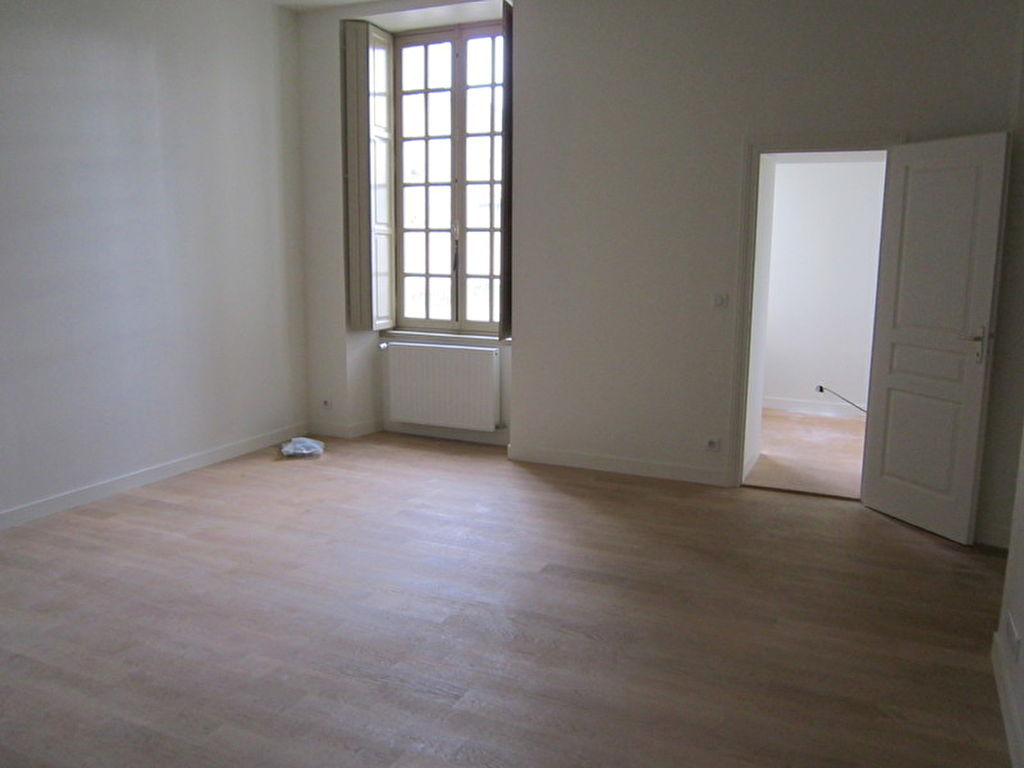 appartement-fontenay-le-comte-4-piece-s-90-m2